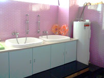 月子公寓洗澡